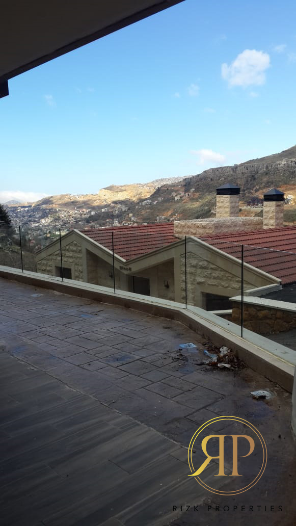 Well-located Chalet In FARAYA - For Sale